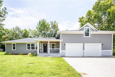 Garden City MO Single Family Home For Sale: $240,000