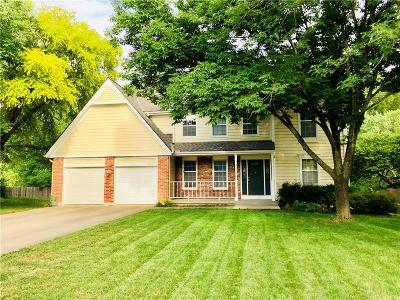Shawnee Single Family Home For Sale: 17727 W 68th Terrace