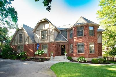 Leawood Single Family Home For Sale: 4802 W 111th Terrace