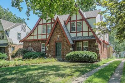Kansas City Single Family Home For Sale: 429 E 74th Street