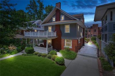 Single Family Home For Sale: 3632 Walnut Street