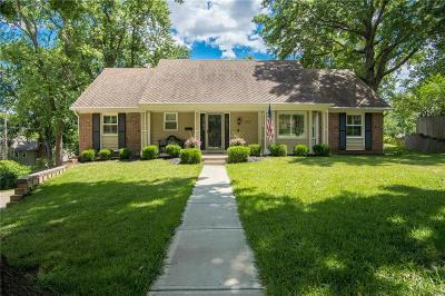Overland Park Single Family Home For Sale: 5305 W 99th Terrace