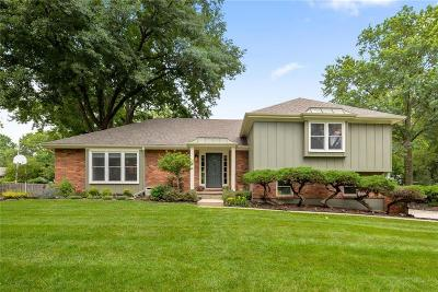 Leawood Single Family Home For Sale: 2712 W 104th Terrace