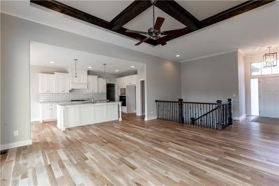 Lenexa Single Family Home For Sale: 8841 Freedom Street