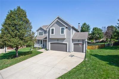 Shawnee Single Family Home For Sale: 22902 W 49th Street