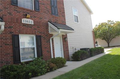 Cass County, Clay County, Platte County, Jackson County, Wyandotte County, Johnson-KS County, Leavenworth County Condo/Townhouse For Sale: 11612 Tomahawk Creek Parkway #B