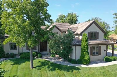Lenexa Single Family Home For Sale: 9751 Sunset Circle