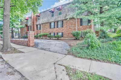 Kansas City Condo/Townhouse For Sale: 4333 Jarboe Street #12