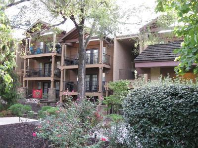 Kansas City Condo/Townhouse For Sale: 4727 Jarboe Street # 81