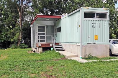 Kansas City MO Single Family Home For Sale: $250,000