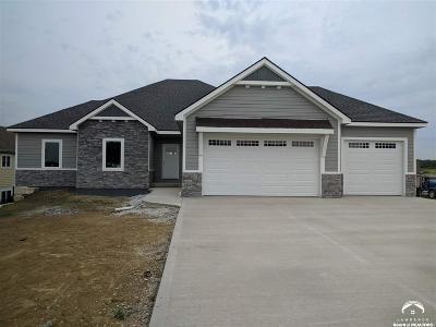 Baldwin City Single Family Home Under Contract: 216 Signal Ridge Dr