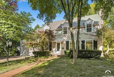 Lawrence Single Family Home For Sale: 1140 West Hills Parkway