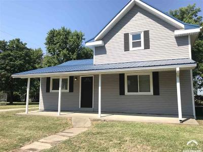 Winchester Single Family Home For Sale: 406 4th St