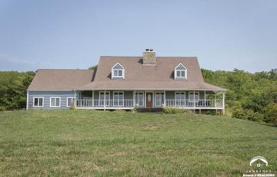 Tonganoxie Single Family Home Under Contract: 17290 246th