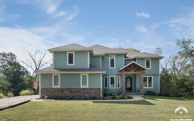 Tonganoxie Single Family Home For Sale: 17158 Feather Lane