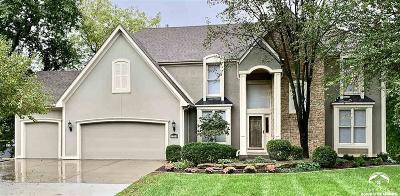 Lawrence Single Family Home For Sale: 1204 Oak Tree Drive