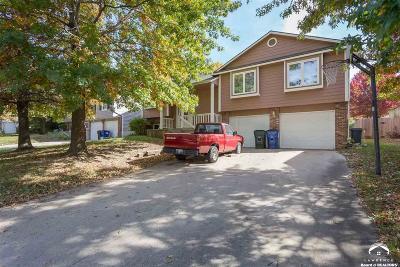 Lawrence Single Family Home For Sale: 2912 Kensington