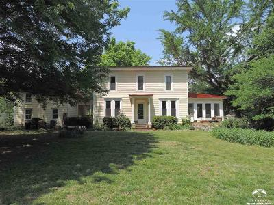 Lawrence Single Family Home For Sale: 852 Broadview Dr