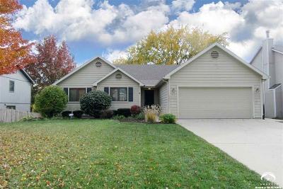 Lawrence Single Family Home For Sale: 4221 Saddlehorn Dr