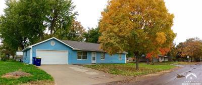 Eudora Single Family Home For Sale: 902 Birch Street