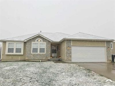 Shawnee County Single Family Home Under Contract: 1508 SE 43rd Ter