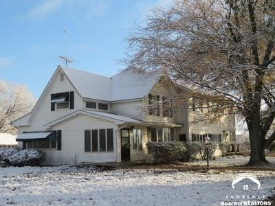 Lawrence KS Single Family Home For Sale: $319,000