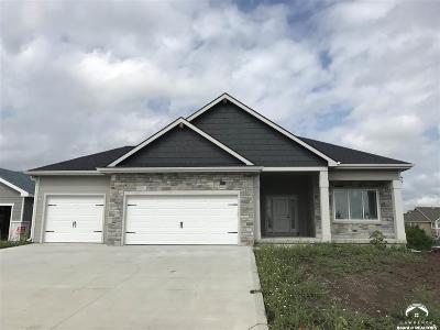 Lawrence Single Family Home For Sale: 1221 Juniper Lane