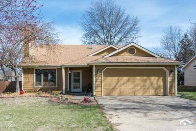 Lawrence KS Single Family Home For Sale: $215,000