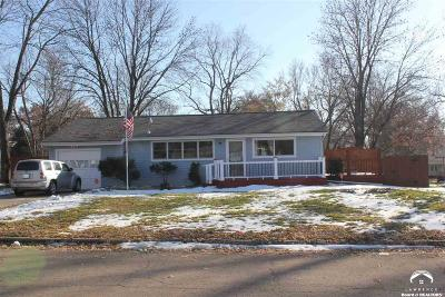 Shawnee County Single Family Home For Sale: 1817 SW Harp Pl