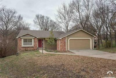 Lawrence KS Single Family Home Under Contract: $264,900