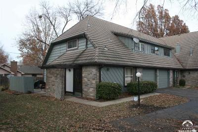 Lawrence KS Single Family Home For Sale: $115,000