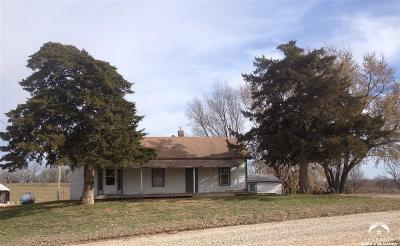 Tonganoxie Single Family Home For Auction: 20230 183rd St