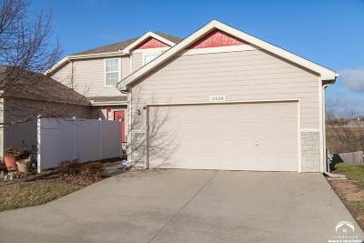 Lawrence Single Family Home Under Contract/Taking Bu: 1552 Legend Trail Dr Unit B