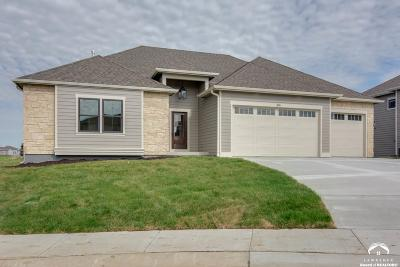 Lawrence Single Family Home For Sale: 314 Stoneridge Court