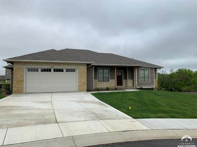 Lawrence Single Family Home For Sale: 309 Stoneridge Court