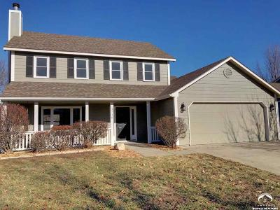 Lawrence KS Single Family Home Under Contract: $204,900