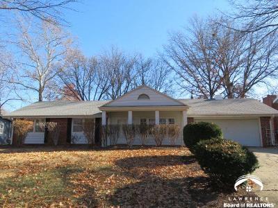 Lawrence KS Single Family Home For Sale: $169,900