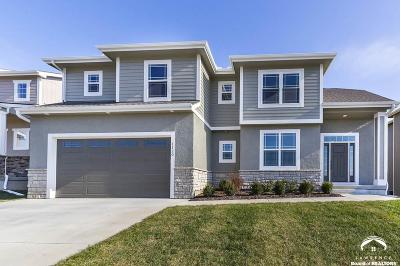 Lawrence KS Single Family Home For Sale: $429,900