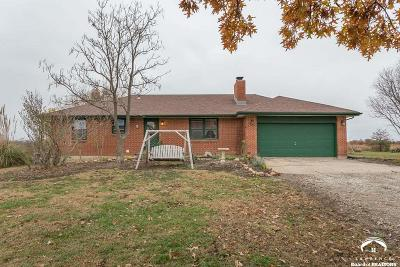 Lawrence Single Family Home For Sale: 1567 E 700 Rd