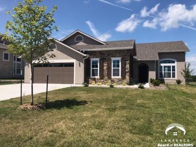 Lawrence Single Family Home For Sale: 313 Shannon Court