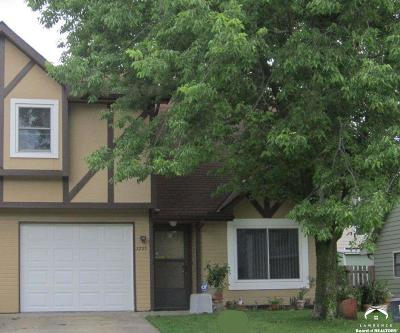 Lawrence KS Single Family Home Under Contract/Taking Bu: $129,900