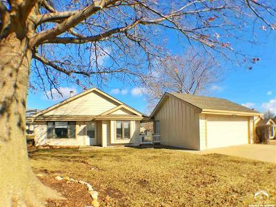 Lawrence Single Family Home For Sale: 3700 W 24th St.