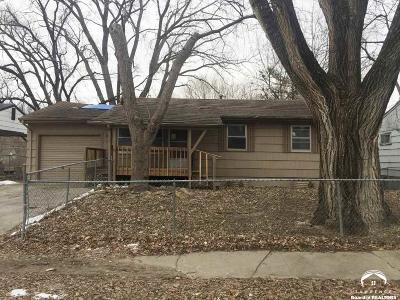 Topeka Single Family Home For Sale: 3542 SE Humboldt St
