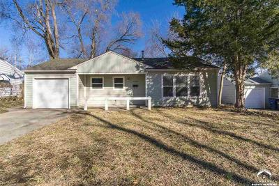 Lawrence KS Single Family Home Under Contract: $114,000