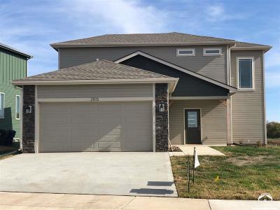 Lawrence KS Single Family Home For Sale: $255,000