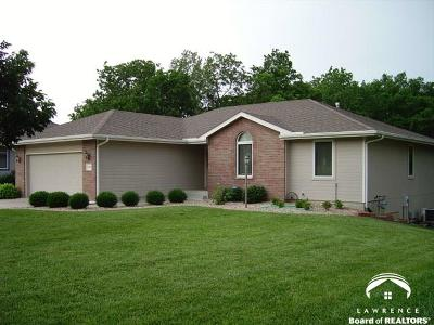 Shawnee County Single Family Home Under Contract/Taking Bu: 5323 NW Arroyo Dr