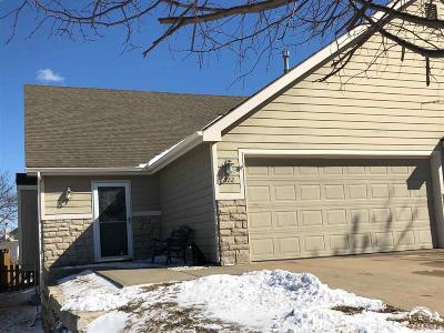 Lawrence Single Family Home Under Contract: 812 N Field Stone Dr
