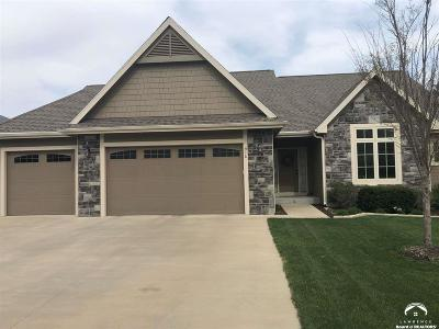 Lawrence Single Family Home For Sale: 916 Diamondhead