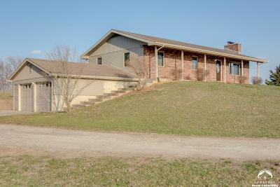 Baldwin City Single Family Home For Sale: 588 E 1700 Rd