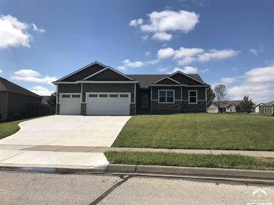 Baldwin City Single Family Home For Sale: 717 Flame Way